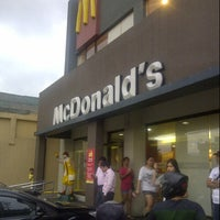 Photo taken at McDonald's by Enzo A. on 1/14/2013
