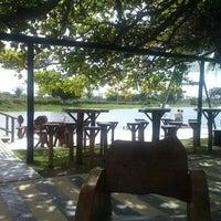 Foto tirada no(a) Colosso Lake Lounge por Ana Maria D. em 3/30/2013