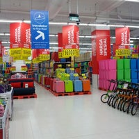 Photo taken at Carrefour by Hendryco C. on 3/20/2013