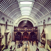 Photo taken at Victoria and Albert Museum (V&A) by An-Ya B. on 5/4/2013