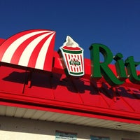 Photo taken at Rita's Italian Ice by Charles P. on 5/26/2013