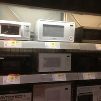 Photo taken at Best Buy by Tom F. on 8/8/2013