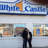 Photo taken at White Castle by Marisdey D. on 1/18/2013