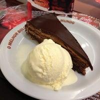 Photo taken at O Melhor Bolo de Chocolate do Mundo by Johny S. on 5/16/2013