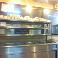 Photo taken at Restoran Ukhwah 1Malaysia by Swiss T. on 5/5/2014