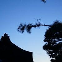 Photo taken at 妙心寺 南門 by moogle m. on 4/11/2016