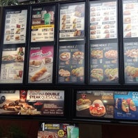 Photo taken at Taco Bell by Demetrio M. on 7/15/2013