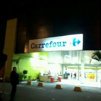 Photo taken at Carrefour by Andreia Feliz F. on 11/25/2012