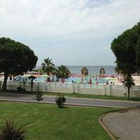 Photo taken at Fenerbahçe Orduevi by Feride Burcu O. on 7/7/2013