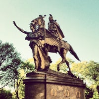 Photo taken at Grand Army Plaza by Rudolf F. on 5/3/2013