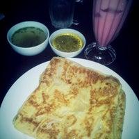 Photo taken at Nadj Resturant Sengkurong by Izwan I. on 1/16/2014