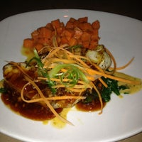 Photo taken at Bonefish Grill by Goodwin M. on 10/22/2012