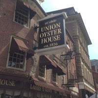 Photo taken at Union Oyster House by Lo N. on 4/27/2013