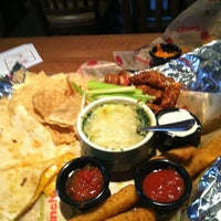 Photo taken at Applebee's by Tah Lieash P. on 2/3/2013