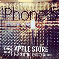 Photo taken at Apple Manchester Arndale by Ram J. on 9/25/2013