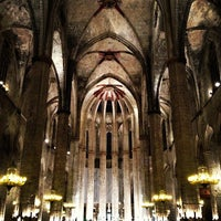 Photo taken at Basílica de Santa Maria del Mar by María on 10/14/2012