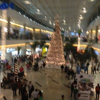 Photo taken at Plaza Valle by Mawi on 11/19/2012