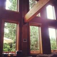 Photo taken at Alpine Lodge by scott l. on 5/11/2013