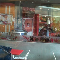 Photo taken at KFC by non v. on 2/15/2013