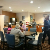 Photo taken at Residence Inn Sunnyvale Silicon Valley I by neopage on 5/30/2016
