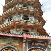 Photo taken at Wat Tham Kao Noi by songyongra N. on 8/3/2015