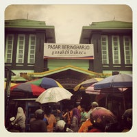 Photo taken at Pasar Beringharjo by Pinot on 12/16/2012