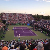 Photo taken at Grandstand Court - Sony Ericsson Open by Zezinho G. on 3/23/2014