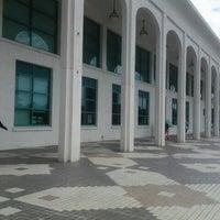 Photo taken at Pustaka Negeri Sarawak (Sarawak State Library) by Chew J. on 7/11/2013