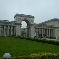 Photo taken at Legion of Honor by D B. on 9/3/2011