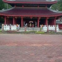 Photo taken at Sam Poo Kong Temple (Zheng He Temple) by Eko T. on 11/1/2011