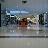 Photo taken at Boulevard Shopping Campos by Jorge S. on 9/16/2011
