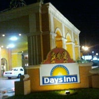 Photo taken at Days Inn Orlando International Drive by Michelle C. on 9/10/2011