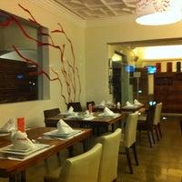 Photo taken at Restaurant Mankora by Victor R. on 8/11/2011