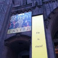 Photo taken at Fifth Avenue Presbyterian Church by MaRiNi🌷 A. on 4/8/2012
