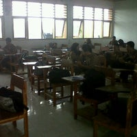 Photo taken at SMA Negeri 21 Makassar by ChoiMinhoANAE on 5/10/2012
