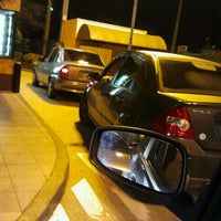 Photo taken at McDonald's by Raphael M. on 5/17/2012