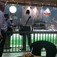 Photo taken at Pinkberry by Randy W. on 6/22/2012