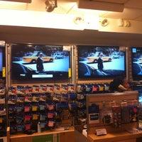 Photo taken at Adorama by Keston D. on 9/13/2012