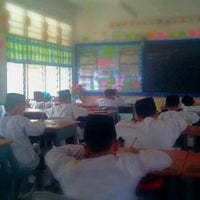 Photo taken at Sekolah Agama Bandar Seri Alam by Ian Y. on 3/20/2012