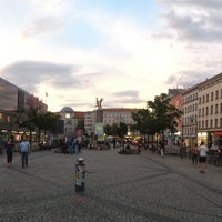Photo taken at Hermannplatz by Manu G. on 6/15/2013