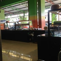 Photo taken at Roti MAROS, Cambaya by anugerah s. on 1/10/2013