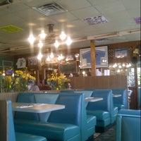 Photo taken at Lenny's Restaurant by Richard on 10/8/2012