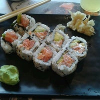 Photo taken at Temakeria Makis Place by Sheila S. on 2/7/2013