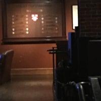 Photo taken at Queens Head Pub by Patricio A. on 4/29/2016