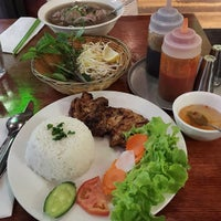 Photo taken at Tre Viet by Anderson L. on 1/22/2015