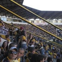 Photo taken at Estádio Heriberto Hülse by Luciano B. on 4/21/2013
