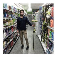 Photo taken at Duane Reade by Gabriel R. on 8/10/2015