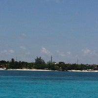 Photo taken at Isla Mujeres by Maye H. on 7/27/2013