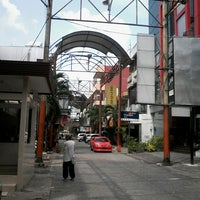 Photo taken at Pasar Baru (Passer Baroe) by Muhammad I. on 8/9/2013