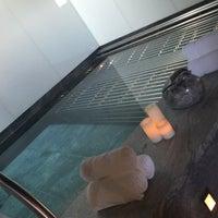 Photo taken at Spa at Four Seasons Hotel London at Park Lane by Meme on 7/19/2016
